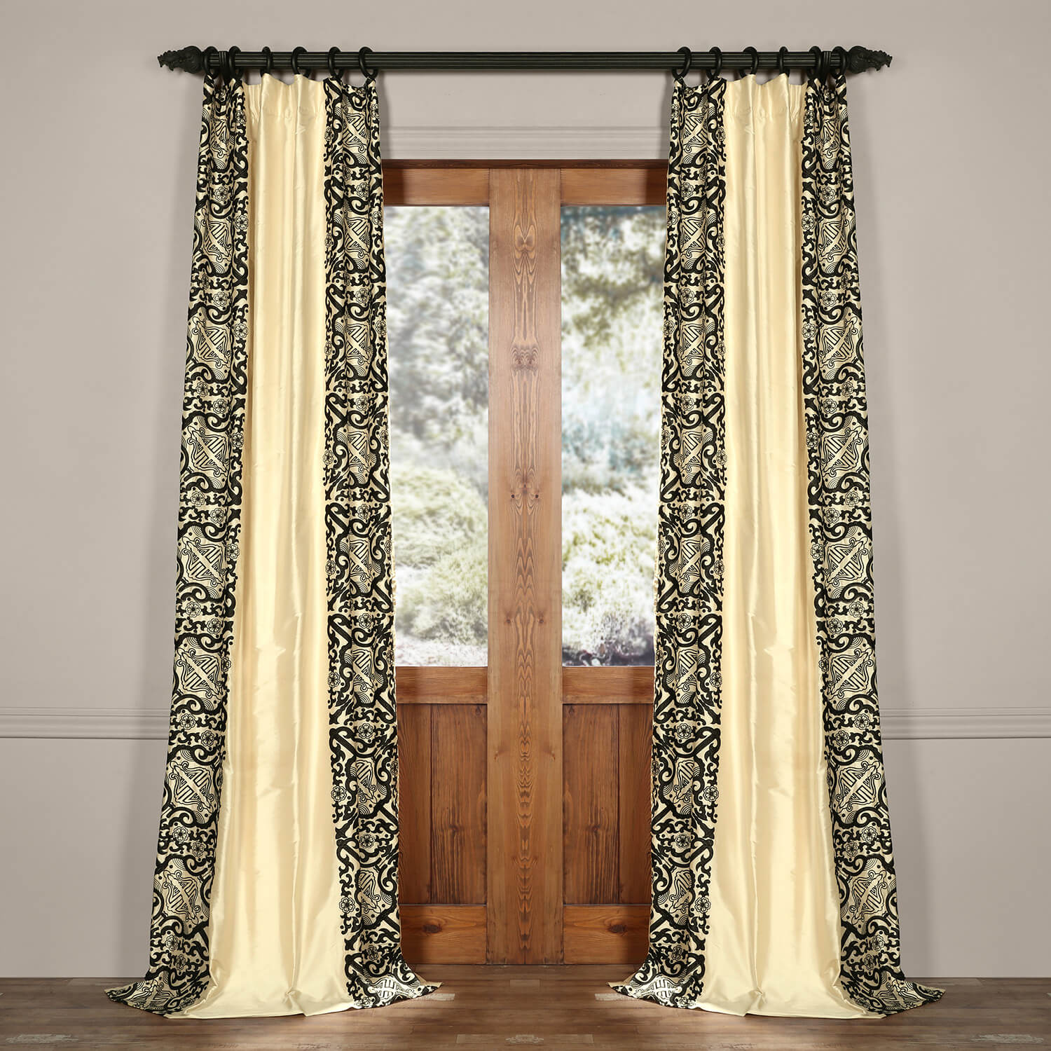 Plazzo Royale Silk Curtain