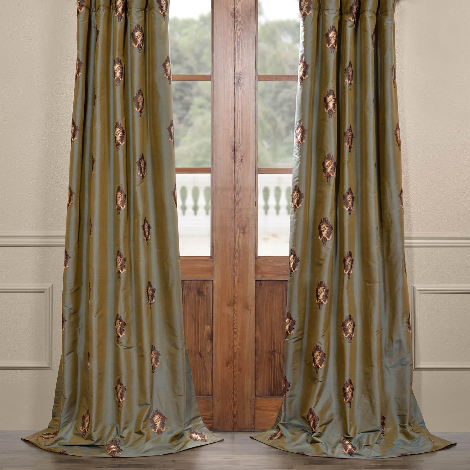 Thornburg Silk Curtain