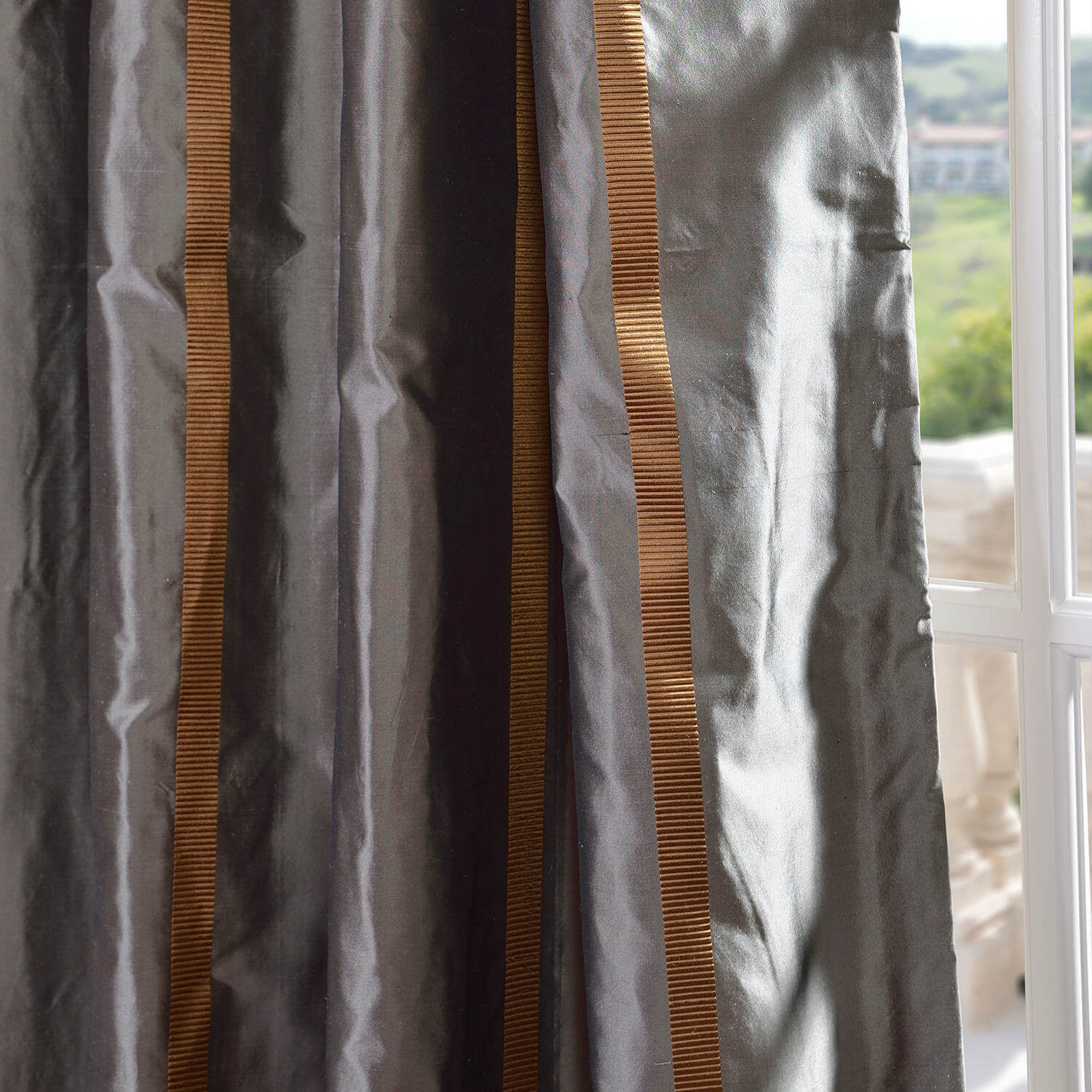 Preston Silk Taffeta Stripe Swatch